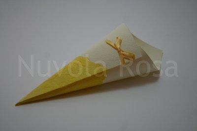Coni riso matrimonio giallo con fiocchetto e carta riso