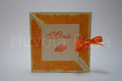 Menu matrimonio arancio con fedi tri-fold