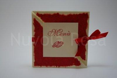 Menu matrimonio rosso con fedi tri-fold