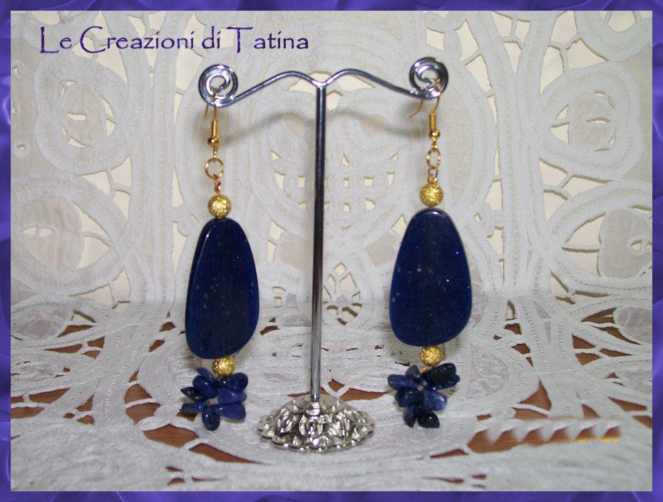 orecchini acrilico e chips blue