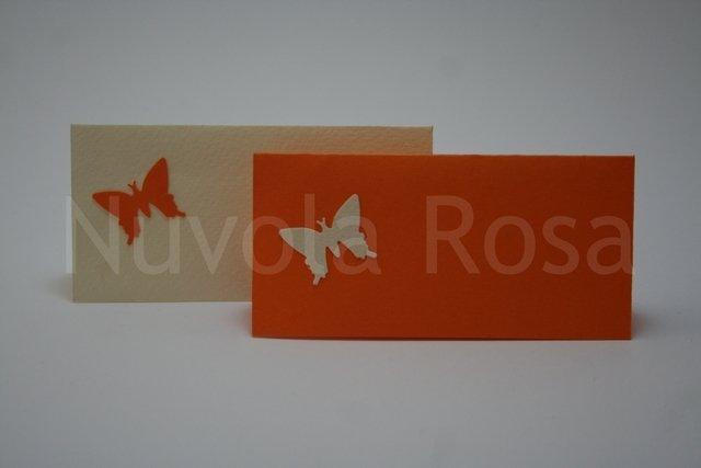 Segnaposto matrimonio arancio con farfalla