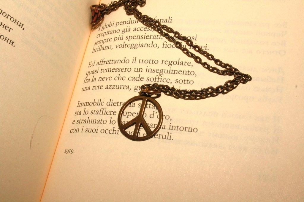 Collana pace hippie
