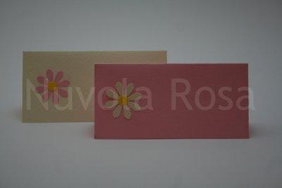 Segnaposto matrimonio rosa con fiore