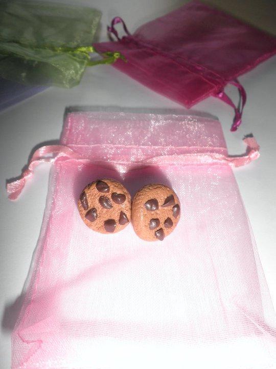 Orecchini in FIMO: Biscotti con pezzetti di cioccolato ~