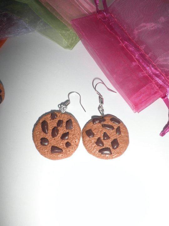 Orecchini in FIMO: Biscotti con pezzetti di cioccolato;  ~