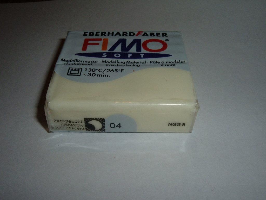 FIMO LUMINESCENTE n°04