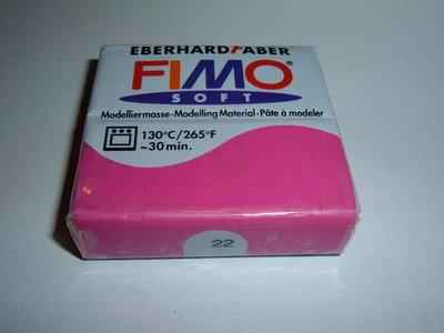 FIMO SOFT FUXIA N°22