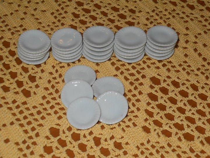 Piatti in miniatura in Ceramica