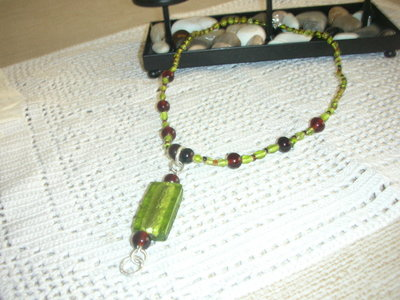 collana con pendente verde