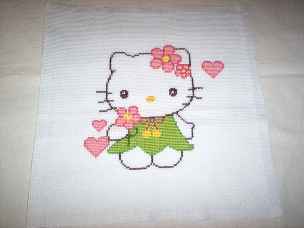 hello kitty a punto croce