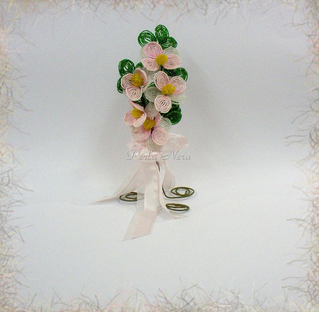 Fiore di perline