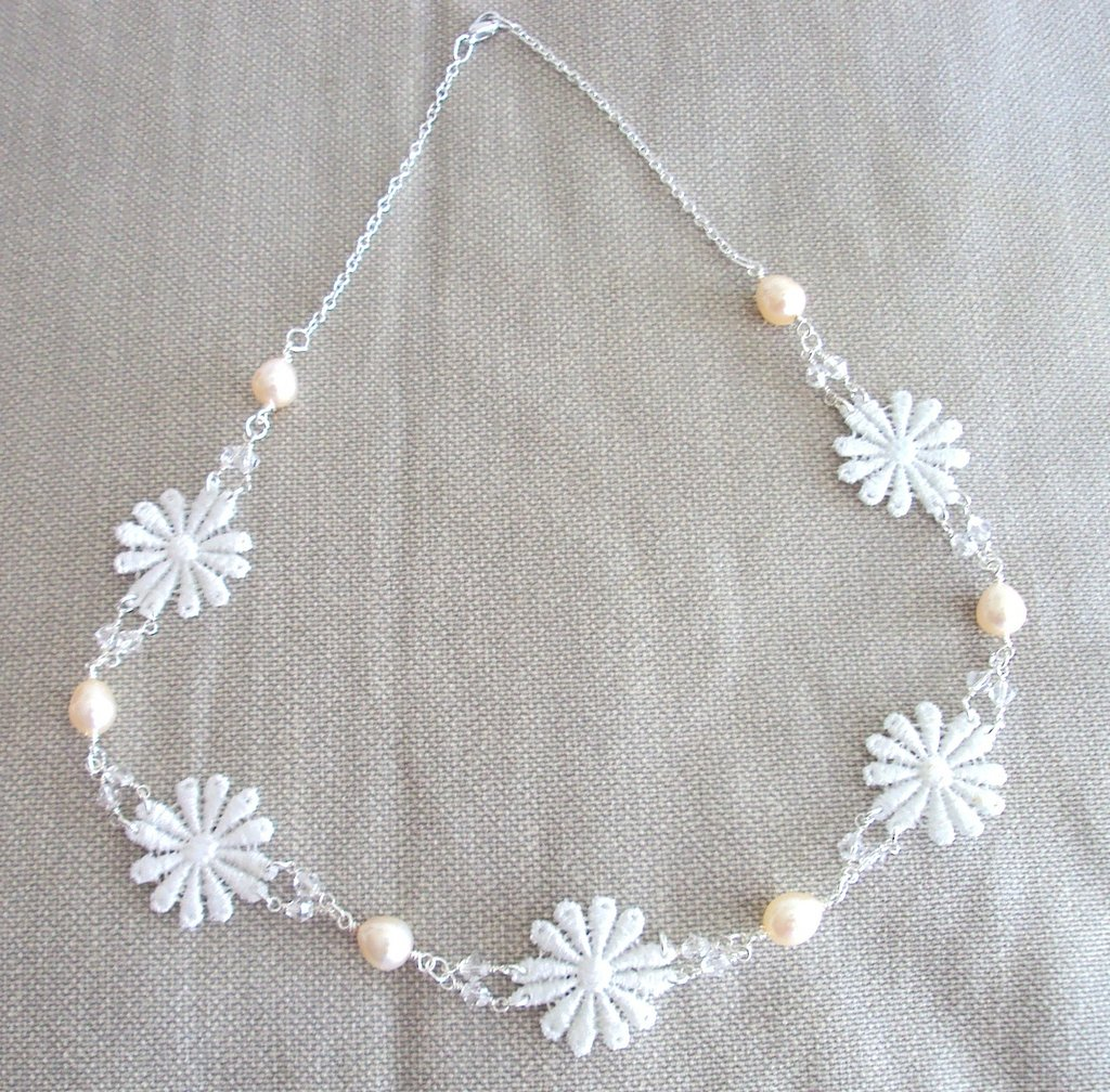 "Collana ""White Dream"""
