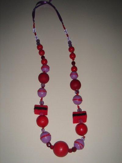 collana feltro-fimo rossa