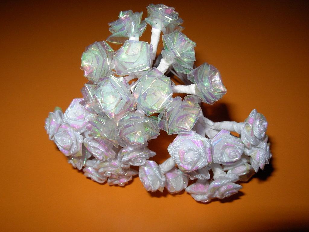 roselline bianche o trasparenti