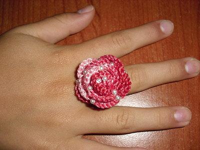 Anello uncinetto rosa