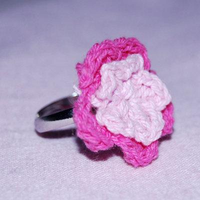Anello regolabile con Fiore Rosa e Fuxia