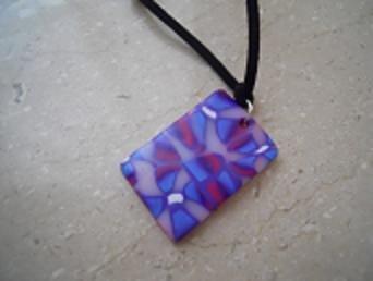 ciondolo violette