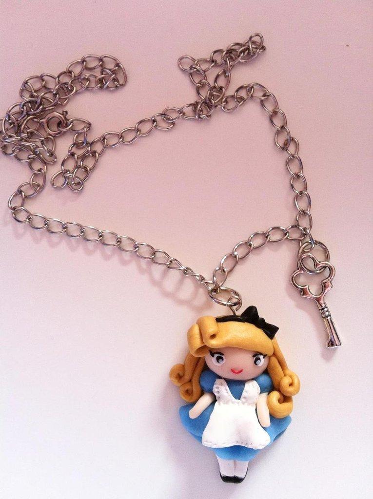 Alice con chiave 2