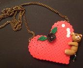 collana cuore di pyssla con orsetto