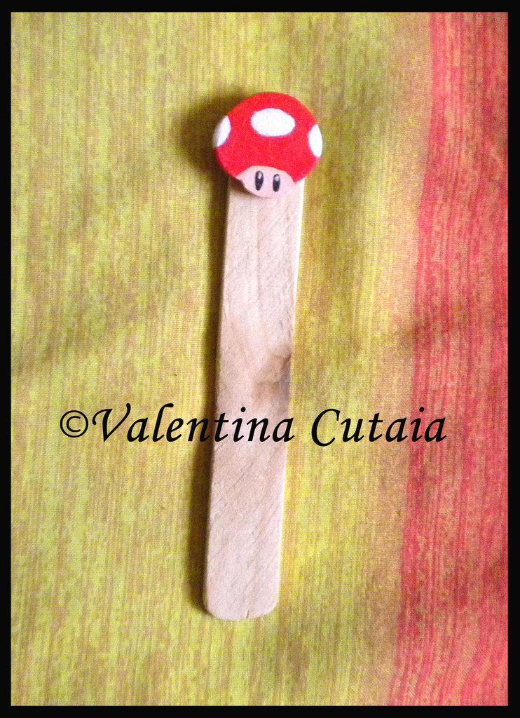 "Segnalibro ""Fungo rosso"" (Super Mario Bros)"