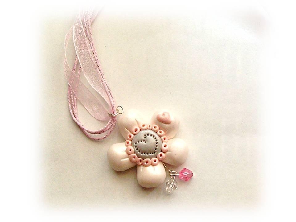Collana fiore bianco fimo