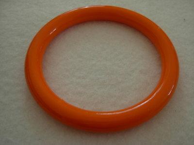 bracciale plastica arancione