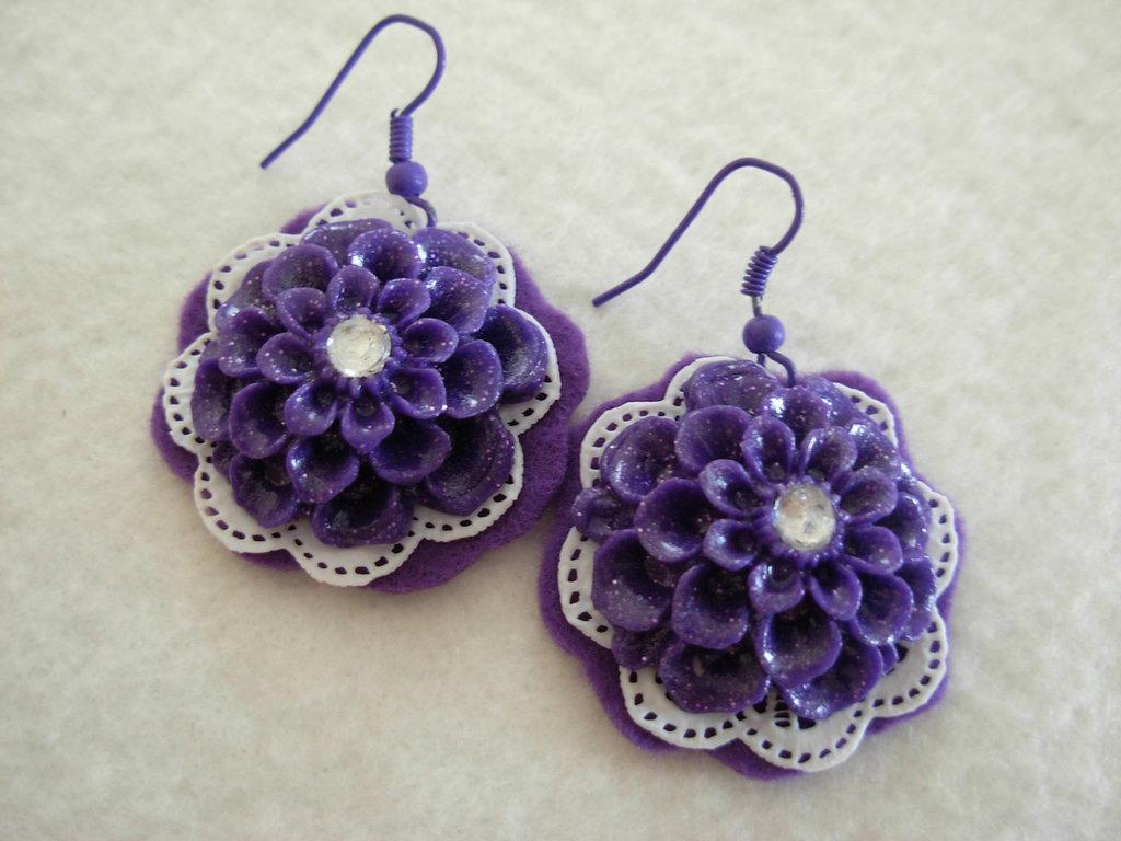 orecchini fiore viola in fimo
