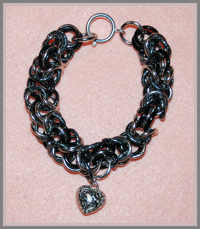 "Bracciale Chainmaille ""Black heart"""