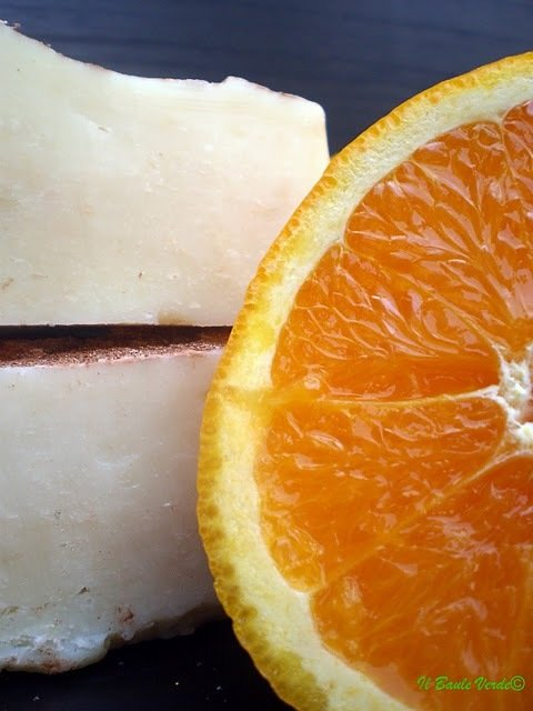 Sapone Sandalo e Olio Essenziale di Arancio