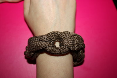 bracciale in cotone ad anelli