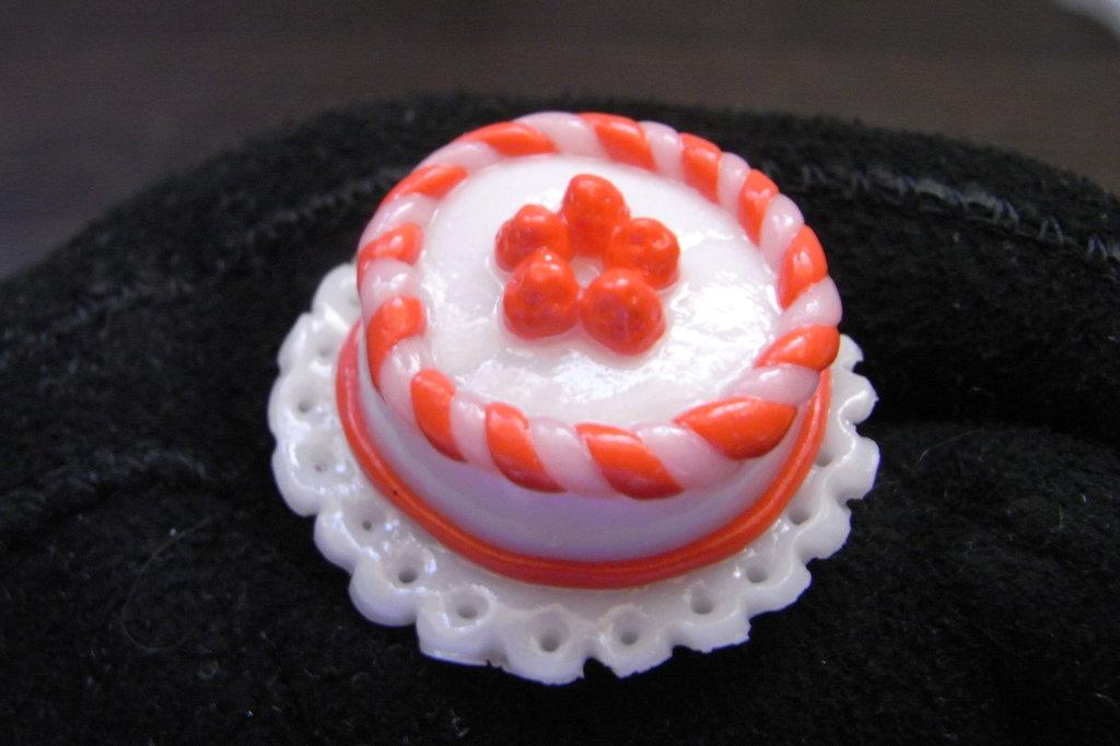 Anello torta (panna&fragola)
