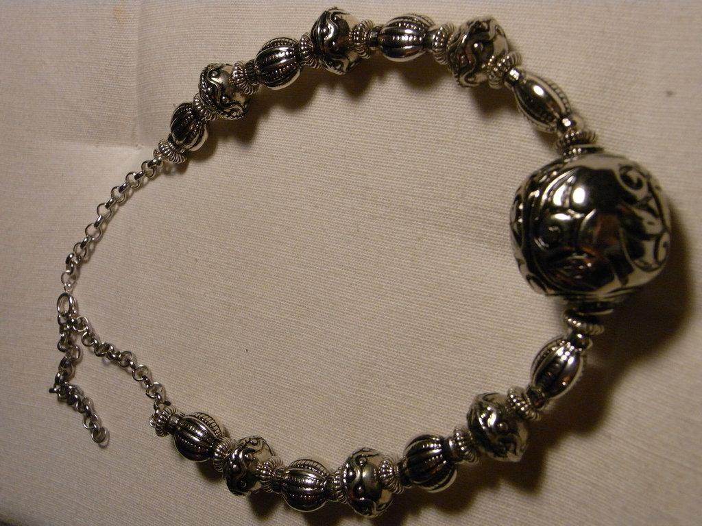 Collana in argentone