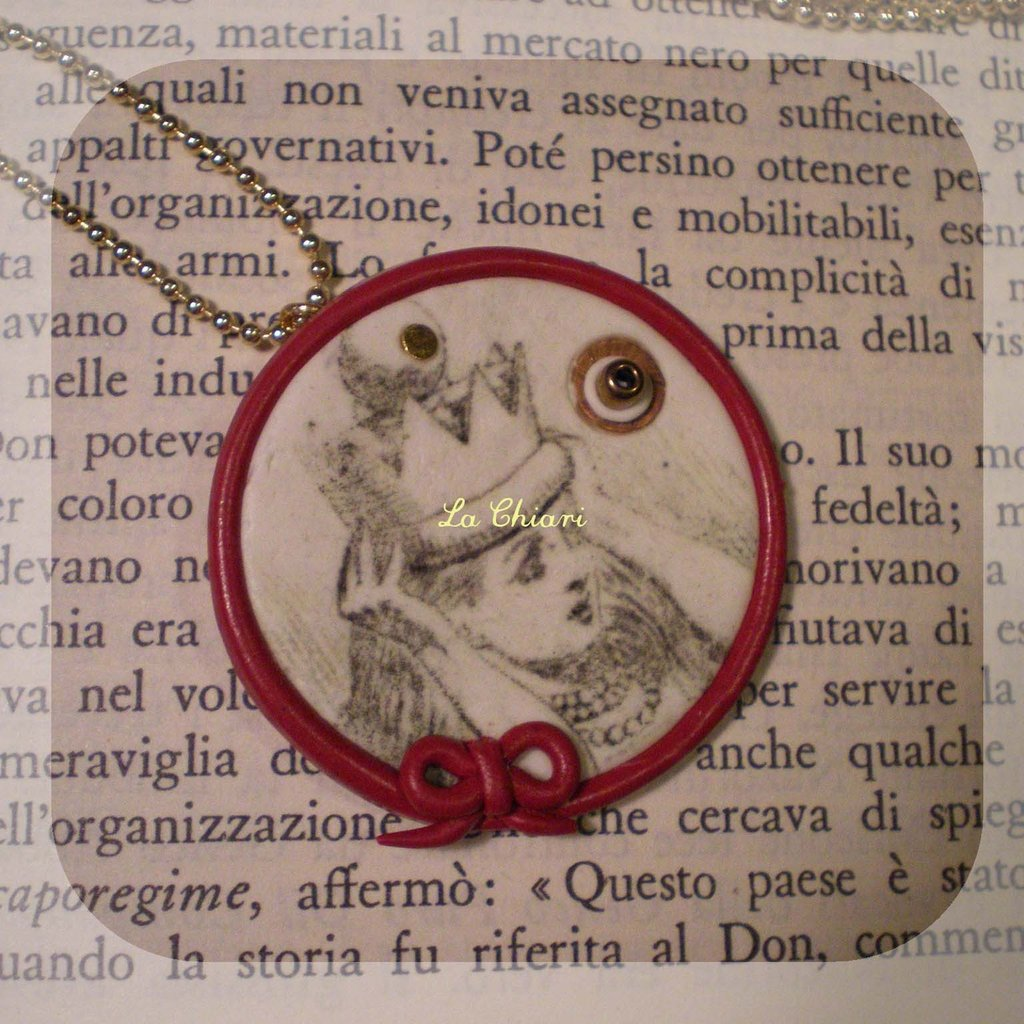 QUEEN ALICE necklace