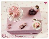 scatolina con torta rosa alla fragole