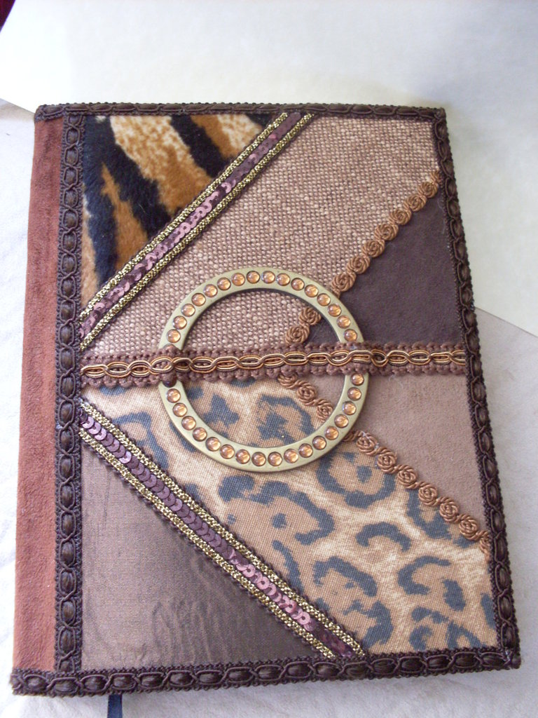 ART.124 - ETHNIC Chic DIARY