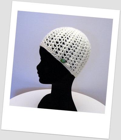 Cappello bianco - uncinetto