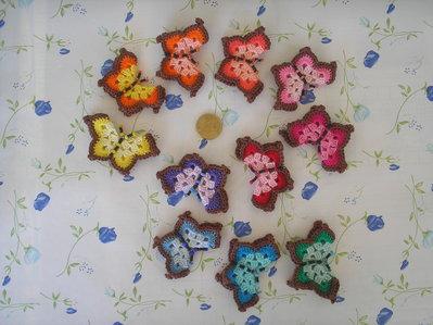 Farfallina ad uncinetto