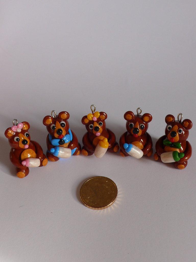 5 Teddy Bears