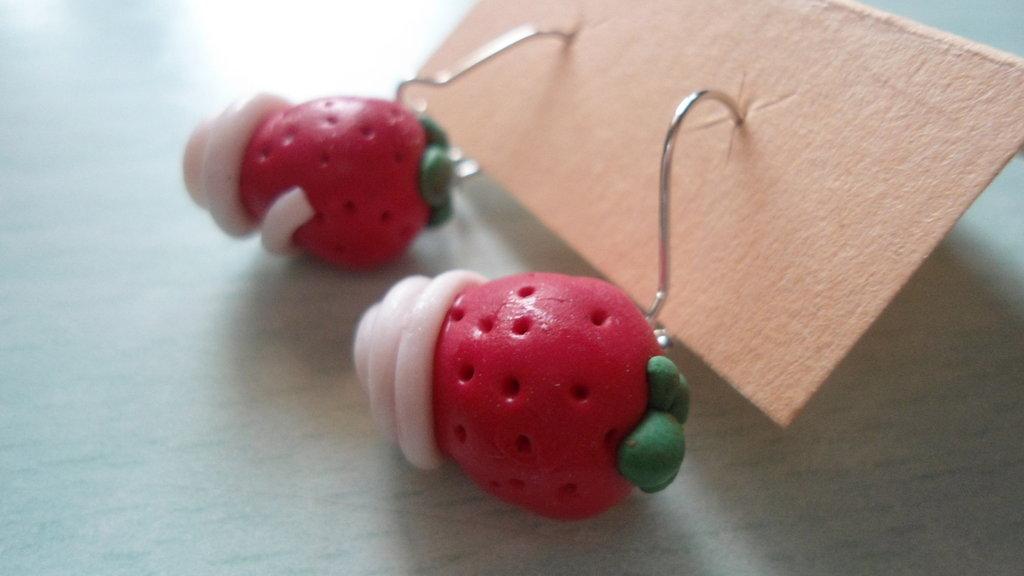 orecchini fragolina+panna