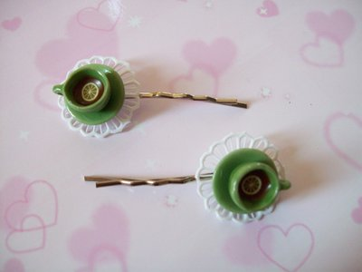 One hair clip-green