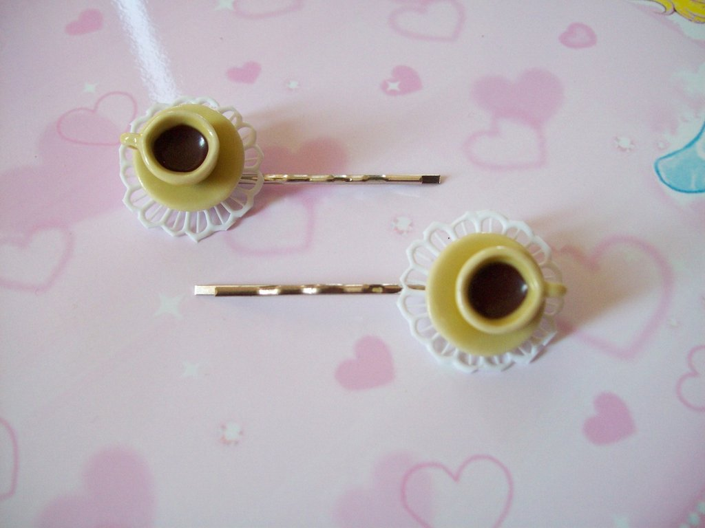 One hair clip-yellow