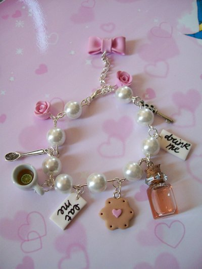Alice in wonderland bracelet-pink