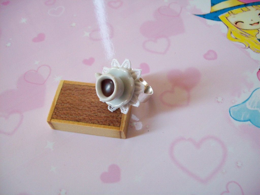 Coffe ring-white