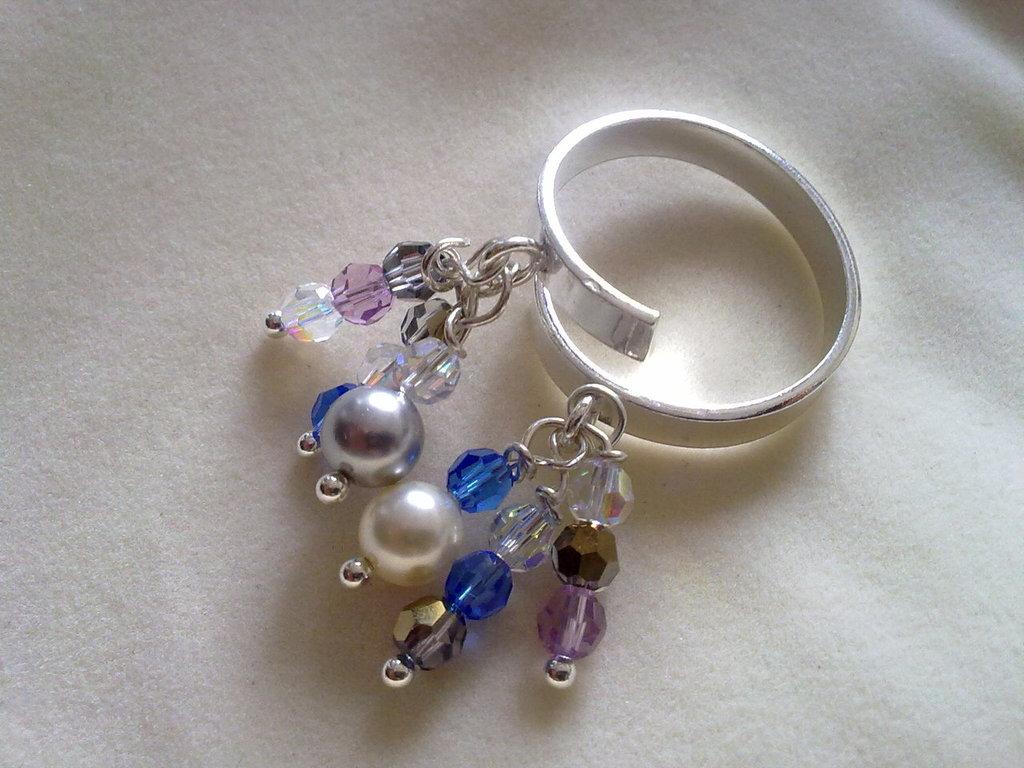 anello con swarovski A003