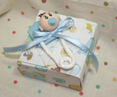 Bomboniera battesimo nascita bimbo spilla da balia con sacchetto