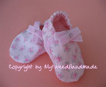 Scarpette neonata