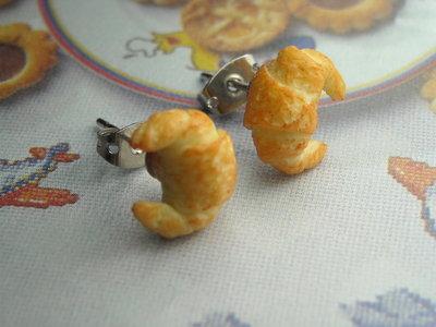 Orecchini lobo perno cornetto colazione croissant miniature