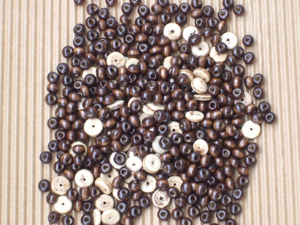 lotto perline legno vend.
