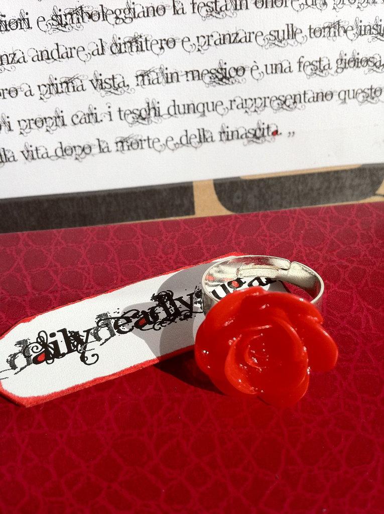 Anello rosa rossa in resina!