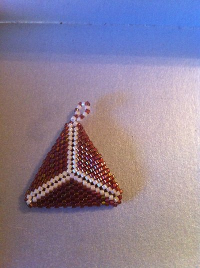 Triangolo 3d bicolore